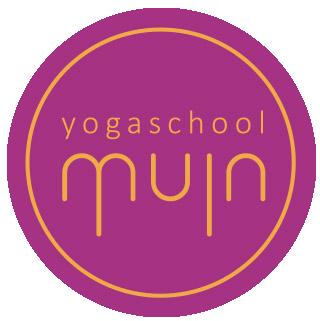 Over Yoga school Muin